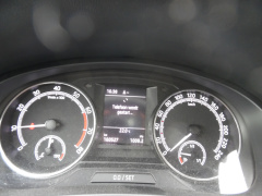 Škoda-Rapid-10