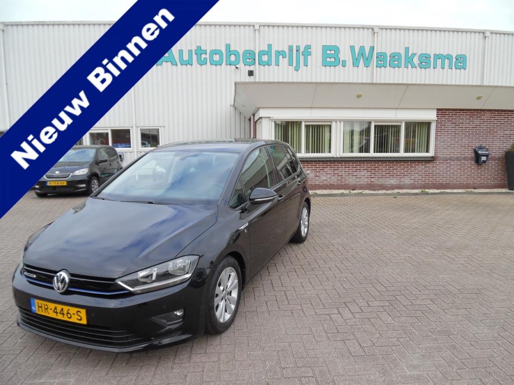 Volkswagen-Golf Sportsvan-thumb